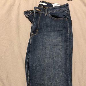 Womens levis jeans, size 29